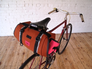Zeitgeist Saddle Bag